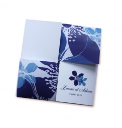 Wedding invitation blue flowers