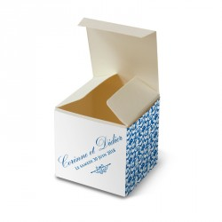 Wedding favour box blue lace