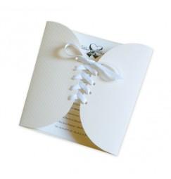 Wedding invitation cinta